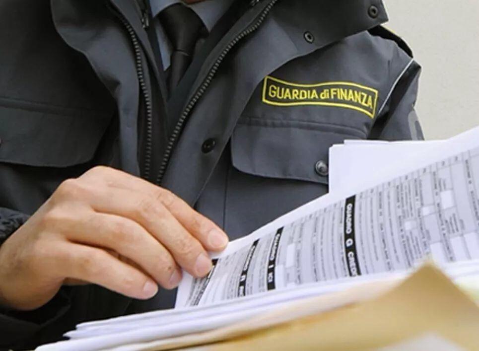 税务大赦被取消!史上最严查税来了! 明年起,连税警都可监控你的银行账户! 意国新闻 第5张