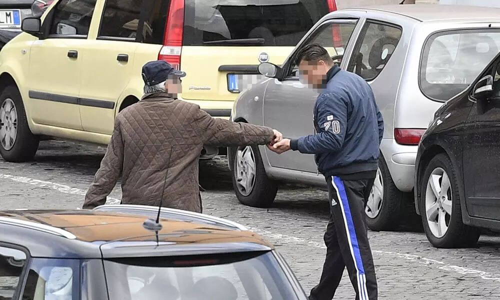 意大利通过最严移民法! 严审居留,加大驱逐,限制移民商业活动! 意国新闻 第5张