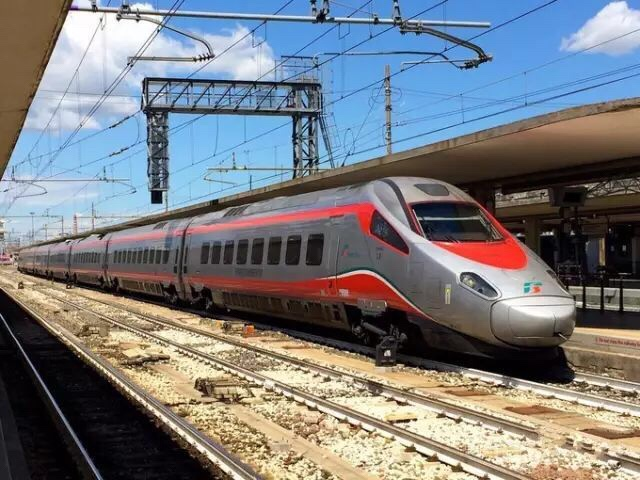意大利高速铁路火车类型介绍 生活百科 第2张