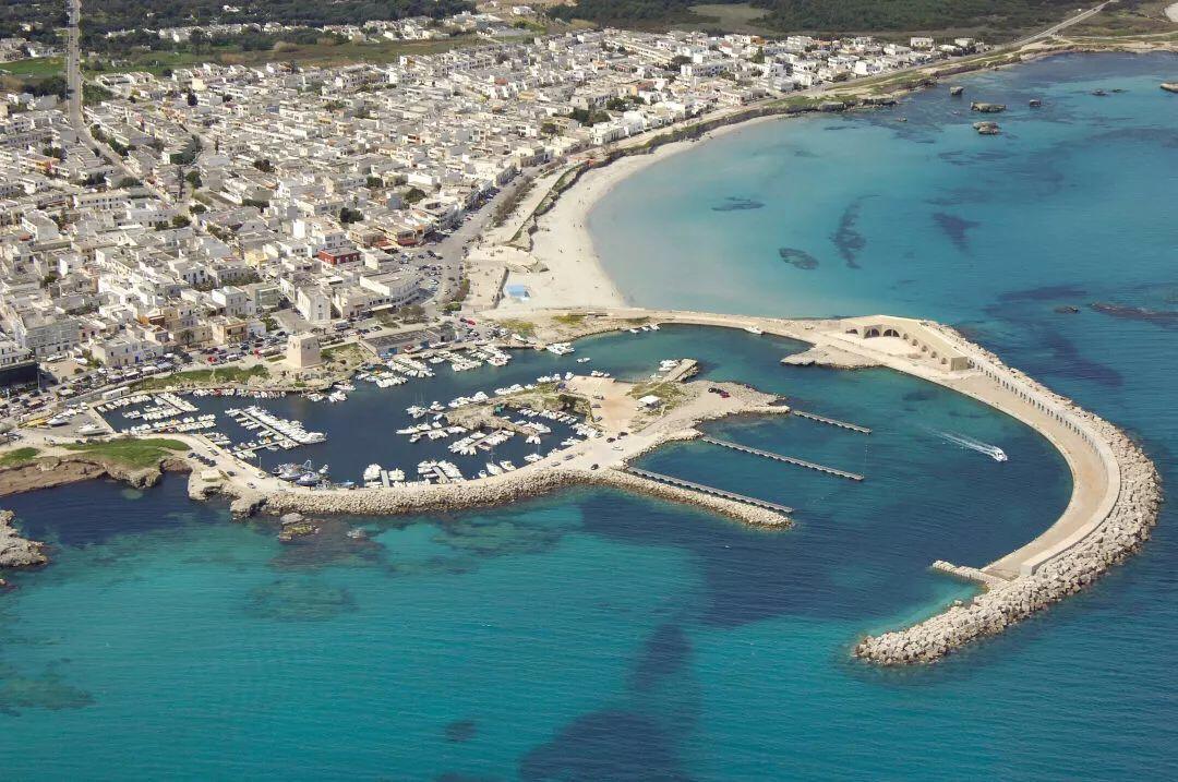最全意大利海滩收藏贴,原来海滩也可以是浪漫的粉 意国杂烩 第8张