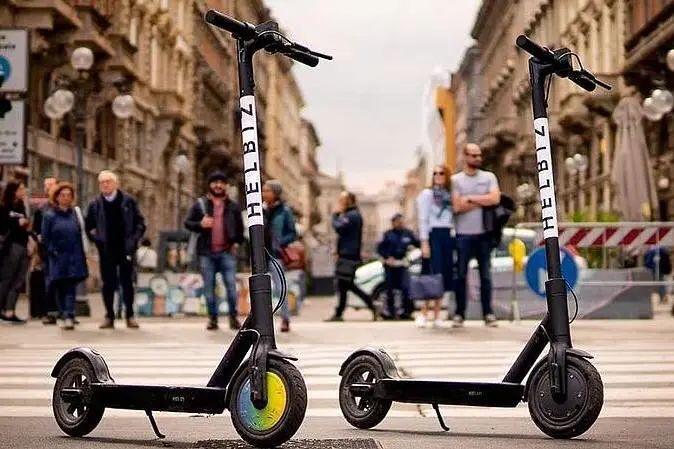 意大利骑滑板车都要驾照了!?违反规定将面临最高6000欧罚款 意国新闻 第1张